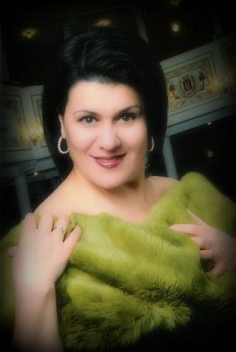 """Senza trucco!""…Luciana D'Intino"