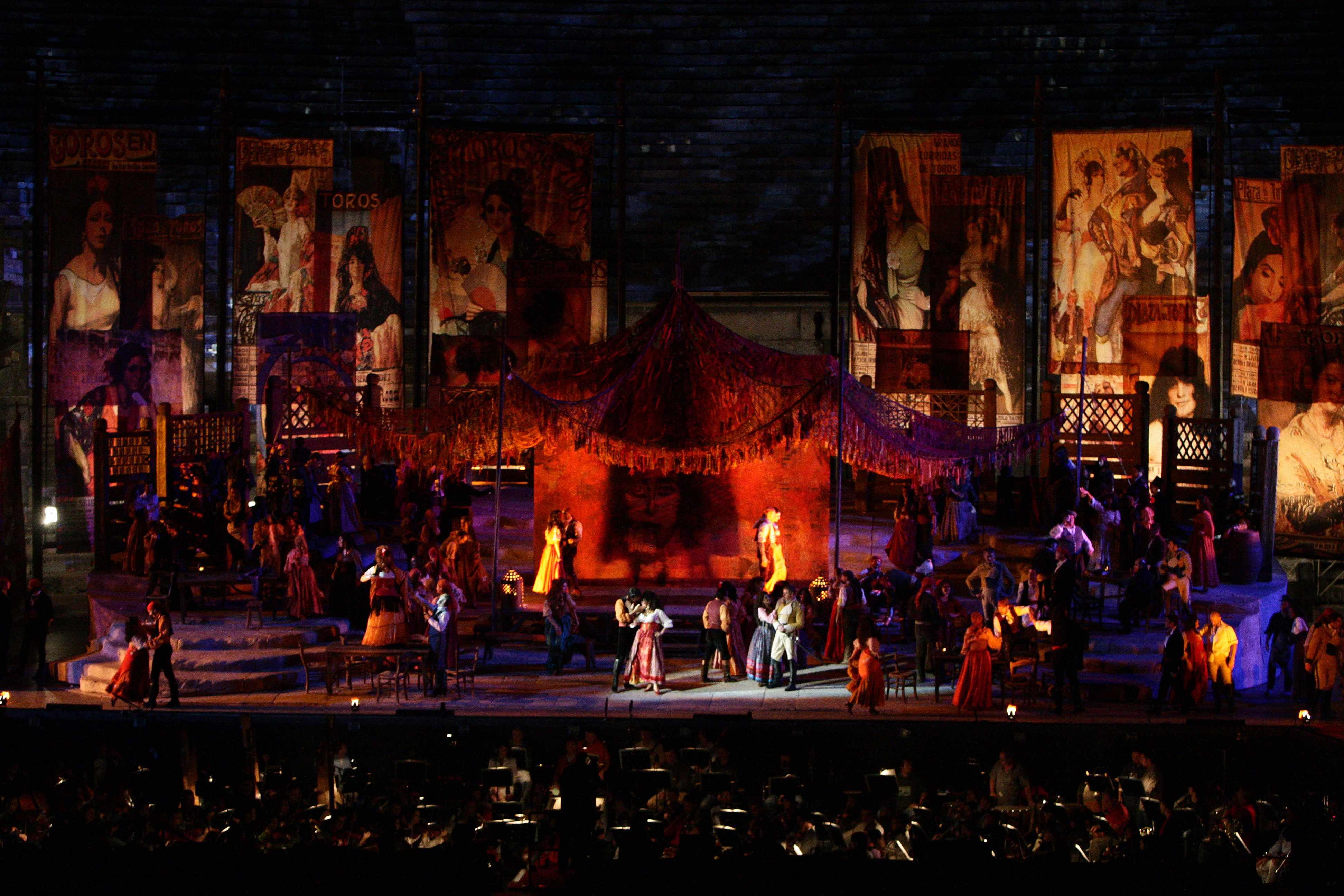"""Arena di Verona Opera Festival 2009: Una """"Carmen"""" a metà…"""