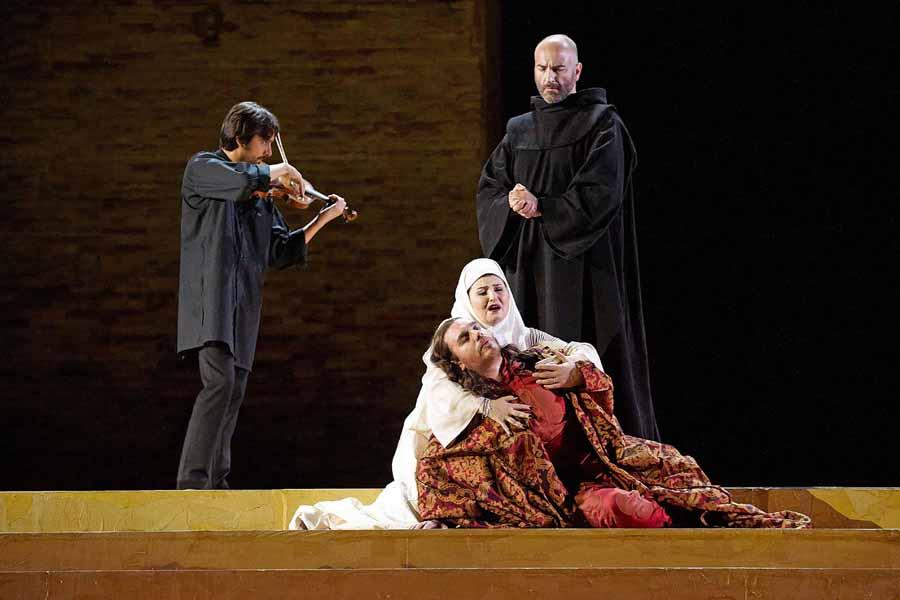 """Macerata, Sferisterio Opera Festival 2010:""""I Lombardi alla prima crociata"""""""