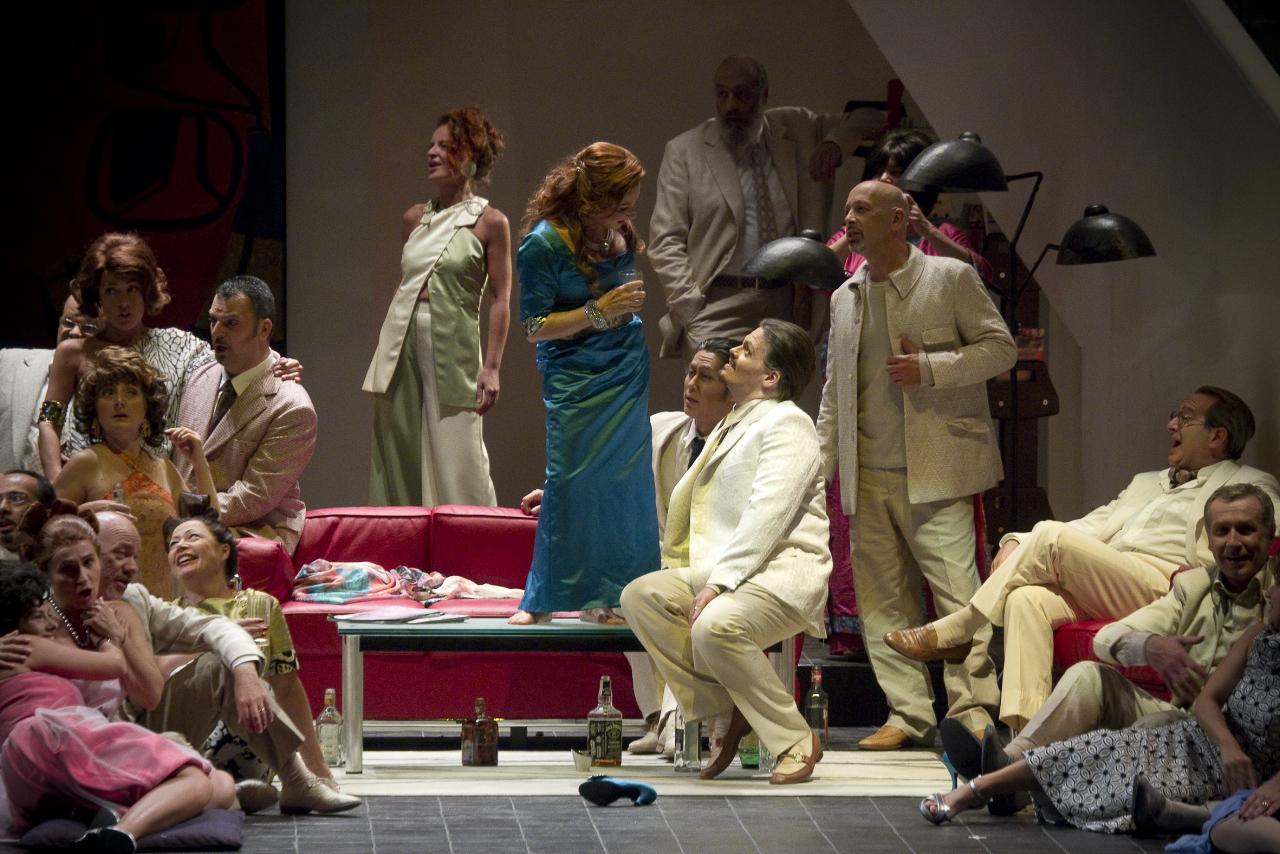 """""""La Traviata"""" al Teatro Comunale di Bologna."""