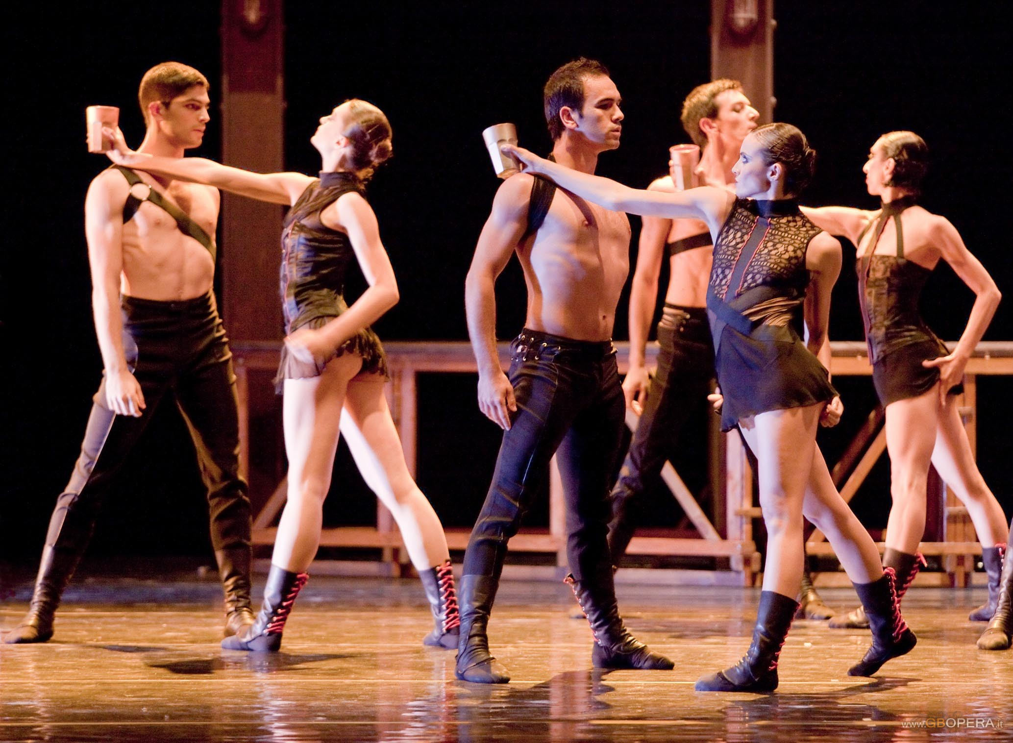 """Verona, rassegna l'altro teatro 2011: Il Balletto di Roma in """"Otello"""""""