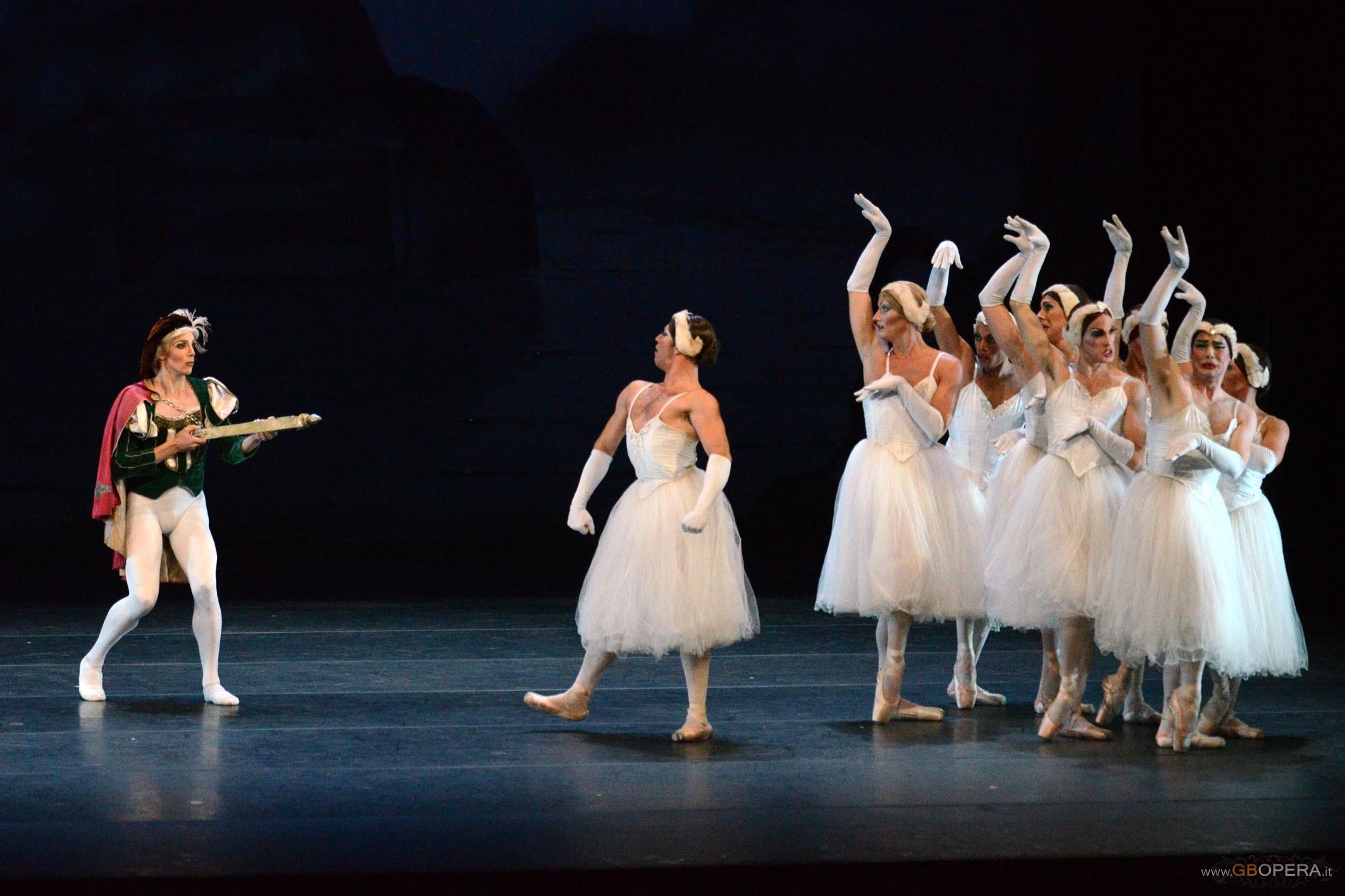 Parma, Teatro Regio:Les Ballets Trockadero de Monte Carlo
