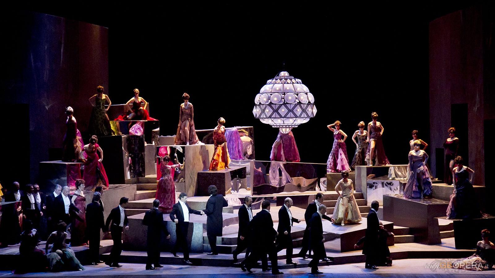 """Torino, Teatro Regio:""""La Traviata"""""""