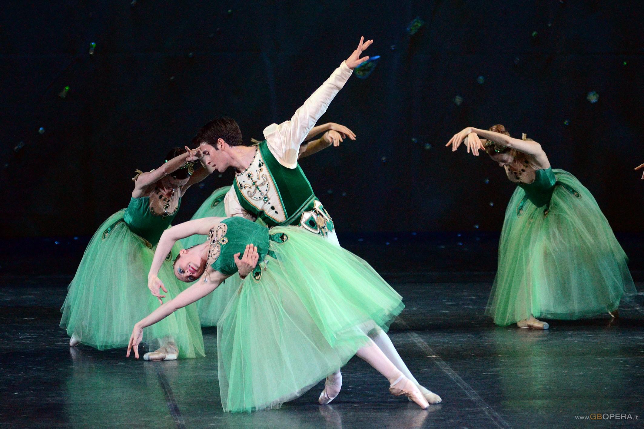 """Parma, Teatro Regio:""""Jewels"""""""