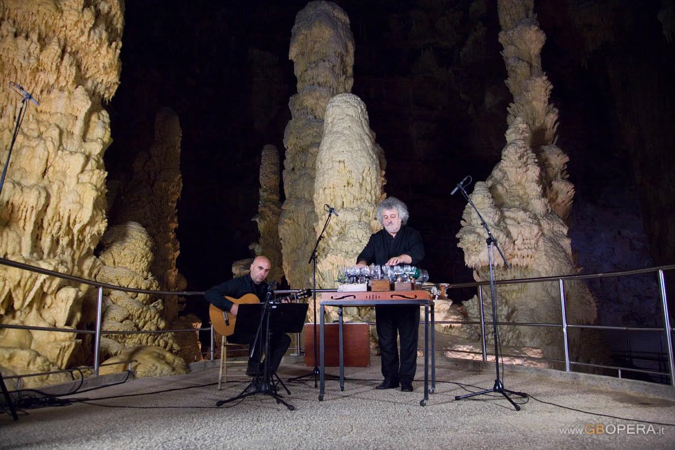 Grotta di Frasassi: Concerto per Glass Harmonica e chitarra