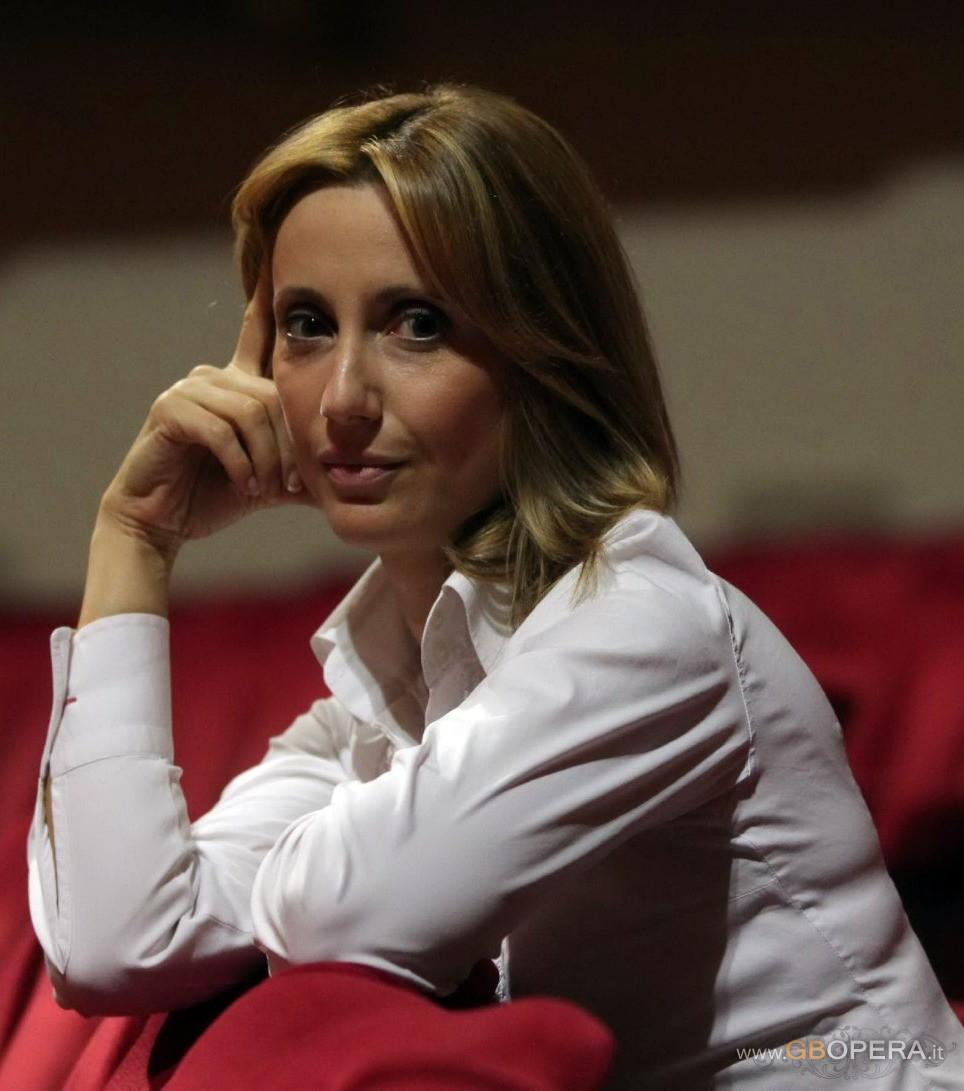 Stefania Bonfadelli Net Worth