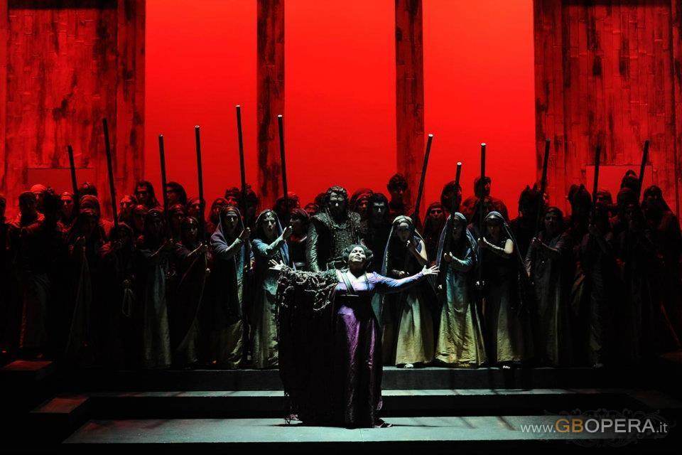 "Salerno, Teatro Verdi:""Norma"""