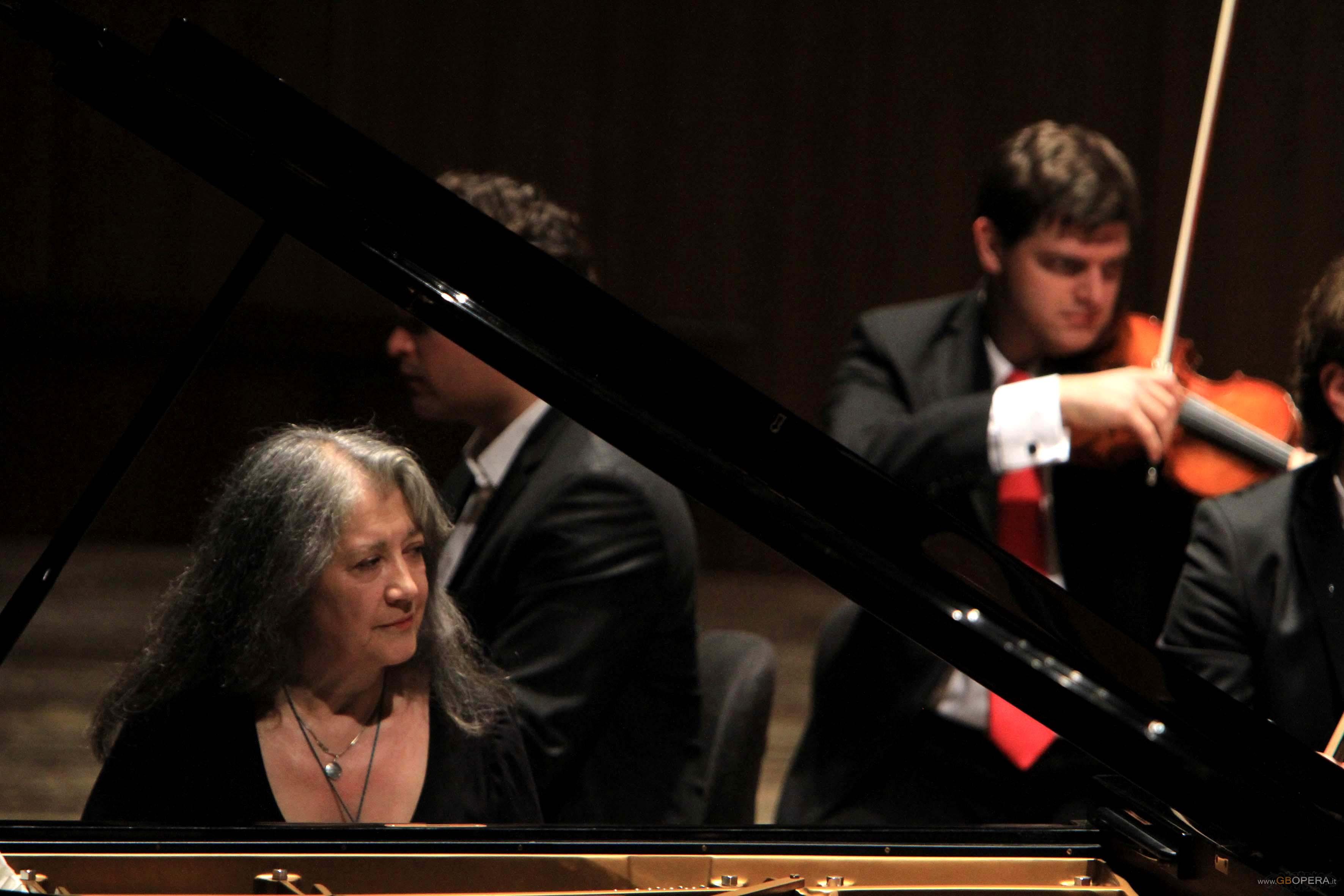 Martha Argerich chiude la Stagione 2011 del Maggio Musicale Fiorentino.