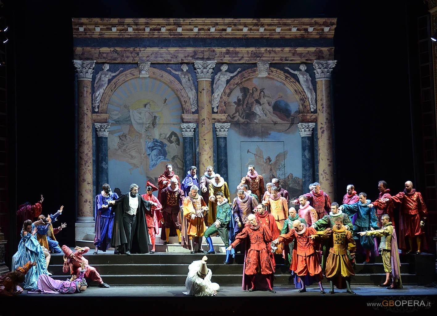 """""""Rigoletto"""" al Teatro Pergolesi di Jesi: un grande successo"""