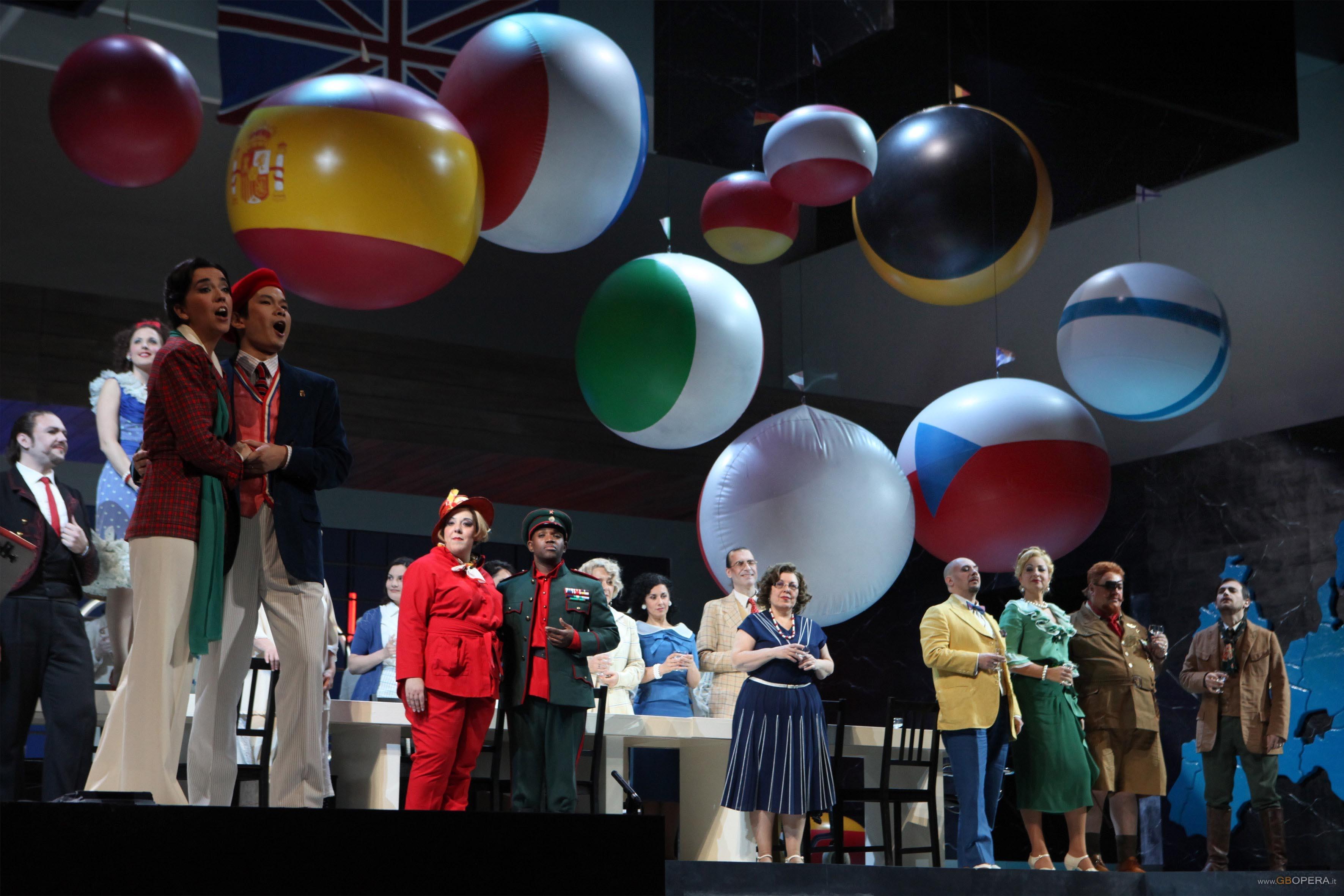 """Firenze, Teatro Comunale:""""Il viaggio a Reims"""""""
