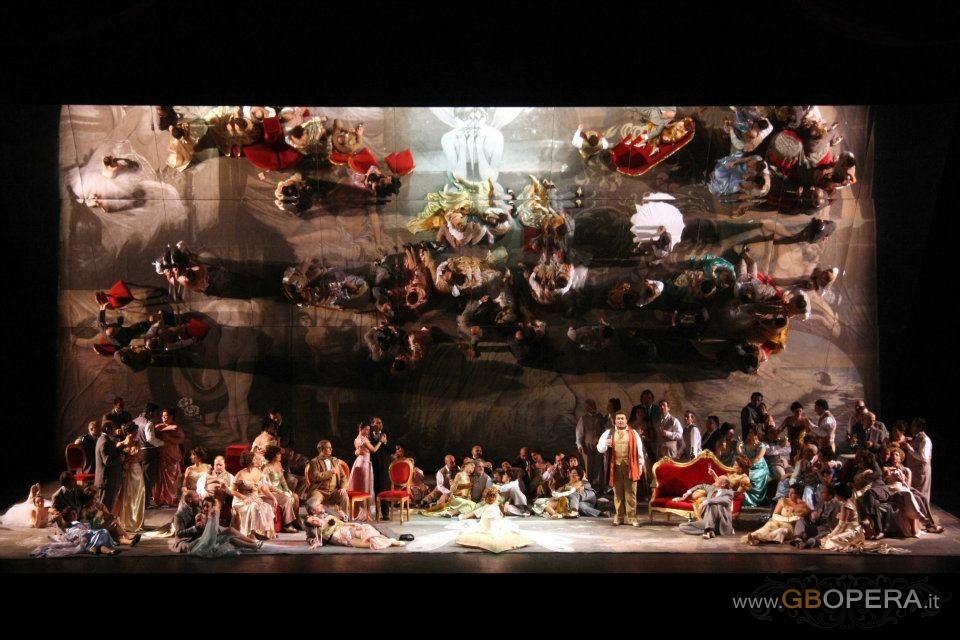 "Palermo, Teatro Massimo:""La Traviata"""