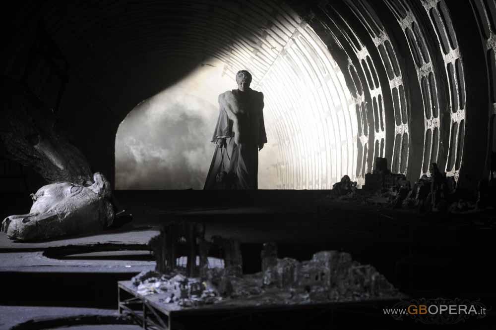 """Deutsche Oper Berlin:""""Die Walkure"""""""