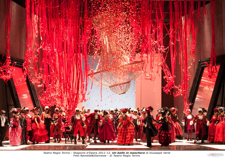 """Torino, Teatro Regio:""""Un ballo in maschera"""""""