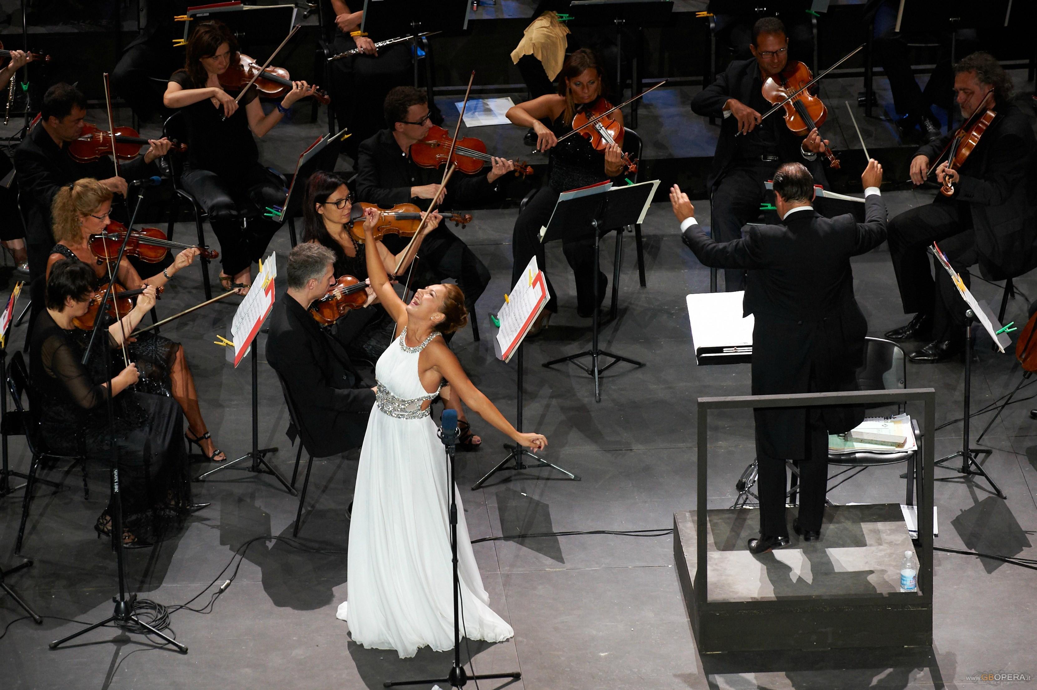 """""""Serata di Stelle per Mario Del Monaco"""" al Macerata Opera Festival 2012"""