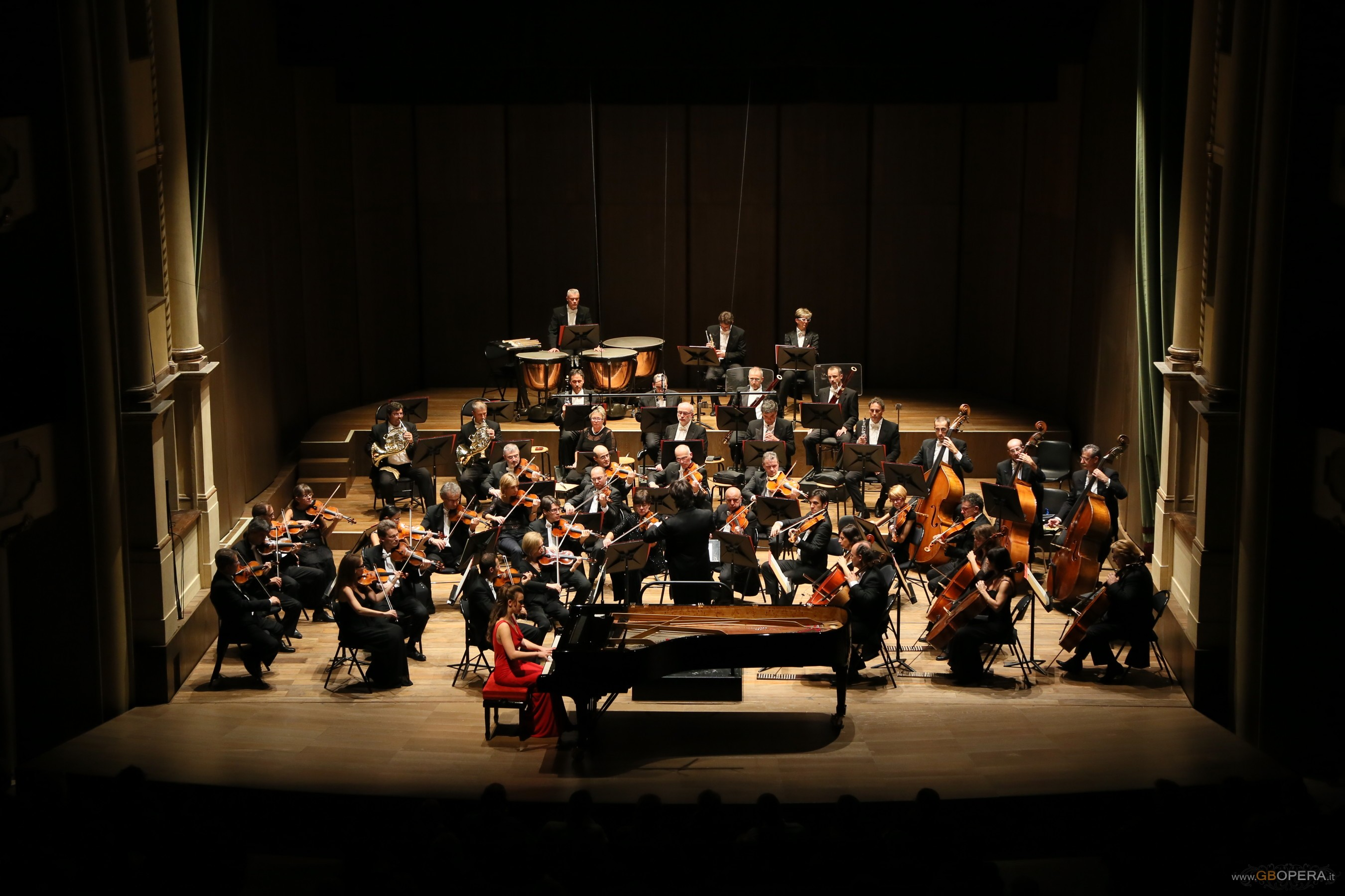 Beethoven and Mozart for the Second Concert of the Symphonic Season in Verona