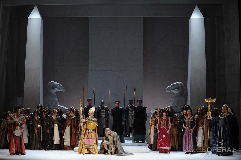 """Salerno, Teatro Verdi:""""Aida"""""""