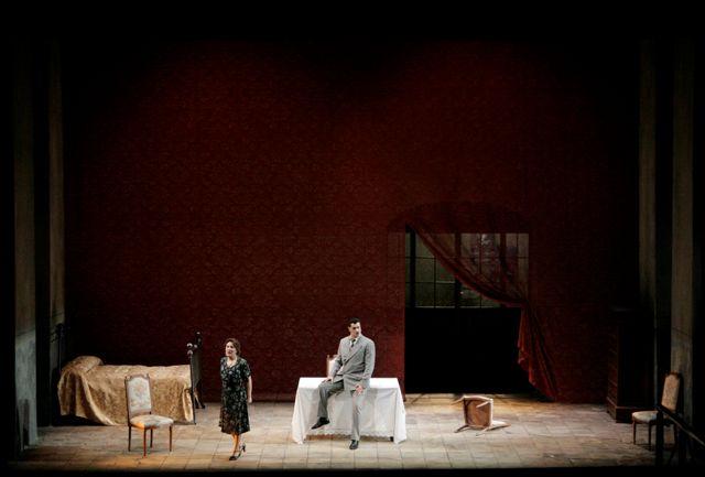 """Lucca, Teatro del Giglio: """"Napoli milionaria"""""""