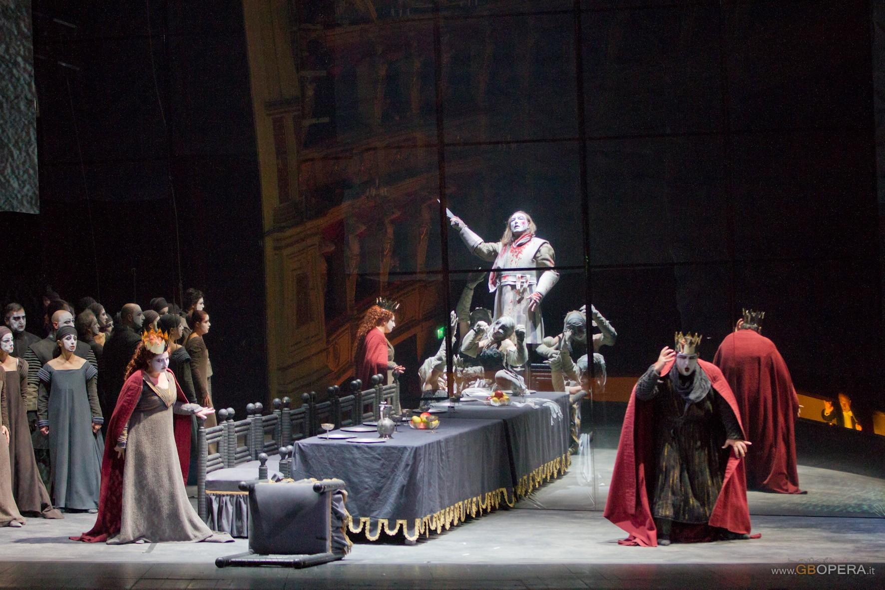 """Trieste, Teatro Verdi:""""Macbeth"""""""
