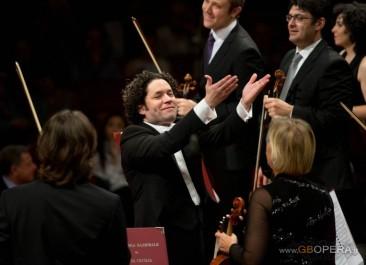 Roma, Accademia di Santa Cecilia: Gustavo Dudamel, il sorriso della Musica