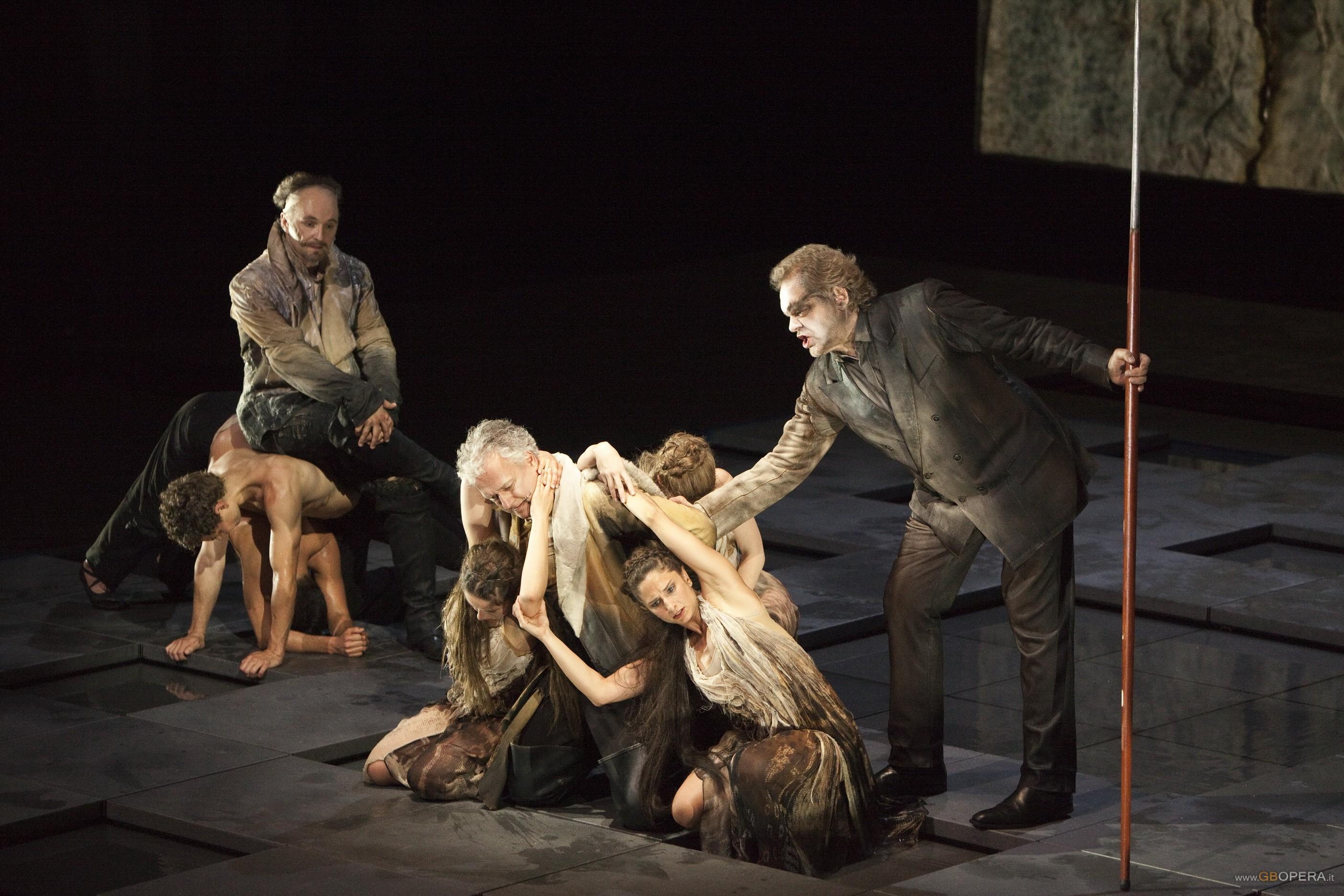 """""""Der Ring des Nibelungen"""" alla Scala (1. """"Das Rheingold"""")"""