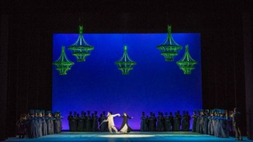 """Bologna, Teatro Comunale:""""Evgenij Onegin"""""""