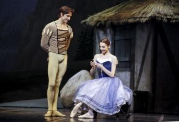 """Il Balletto del Teatro alla Scala a Parigi con """"Giselle"""""""