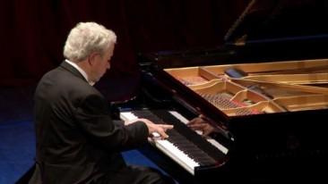 Verona, Teatro Ristori, Amici della Musica: Nelson Freire piano recital