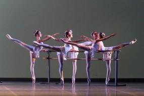 Nuovo bando per l'ammissione alla Scuola di Ballo del San Carlo di Napoli e premi agli allievi