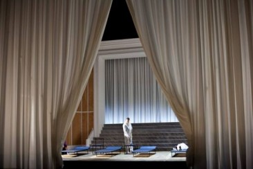 """Deutsche Oper Berlin: """"Věc Makropulos"""""""