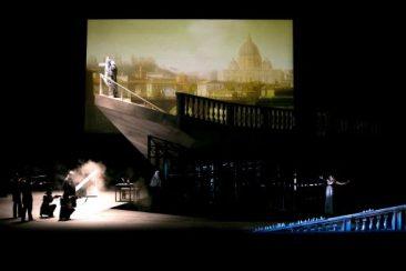 """Genova, Teatro Carlo Felice: """"Tosca"""""""