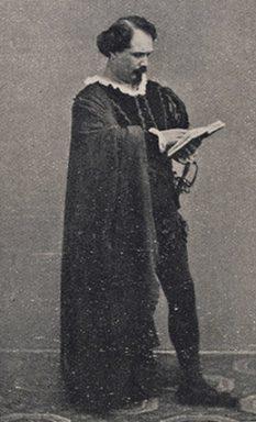 Mario Tiberini as Amleto