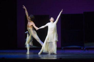 """Festa grande al Teatro San Carlo di Napoli per  """"La Musa della danza"""" Carla Fracci"""