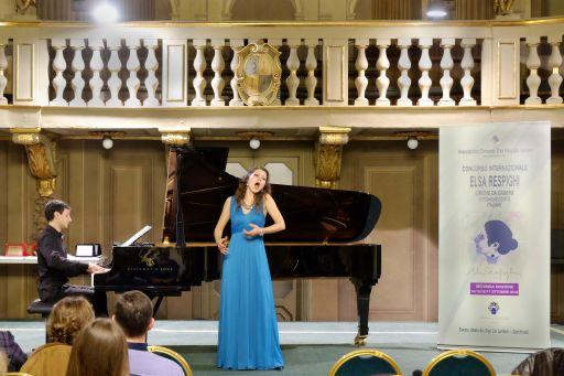 Maria Eleni GIULIANI, soprano Claudio BONFIGLIO, pianoforte