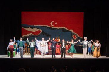 """Modena, Teatro Comunale: """"Il turco in Italia"""""""