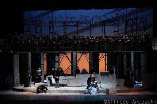 """Fondazione I Teatri di Reggio Emilia: """"I Puritani"""""""