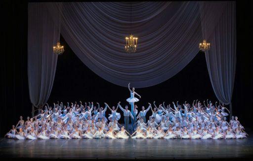 Teatro di San Carlo: spettacolo di fine anno della Scuola di Ballo
