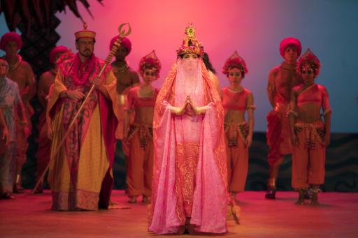 "Lyric Opera of Chicago: ""Les Pêcheurs de Perles"""