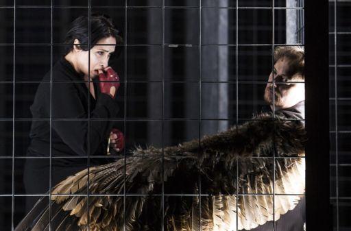 "Staatsoper Stuttgart: ""Il prigioniero"" & ""Das Gehege"""