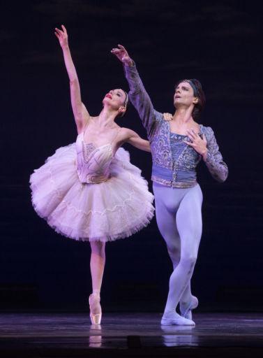"""Una serata di grande danza al San Carlo di Napoli : """"Omaggio a Rudolf Nureyev"""""""