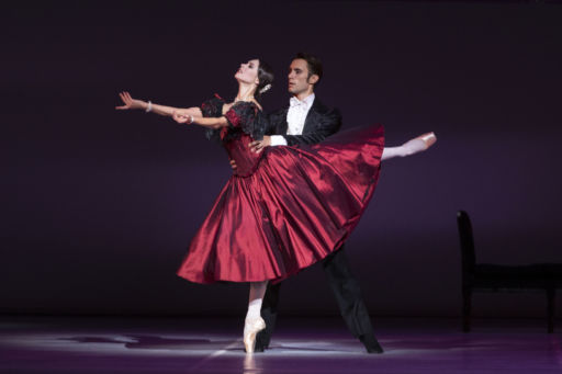"""Napoli, Teatro di San Carlo: """"La Dame aux Camélias"""" e il suo immortale fascino"""