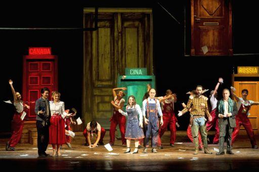 """Novara, Teatro Coccia: """"Les mots qui sonnent"""" & """"La cambiale di matrimonio"""""""