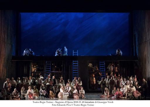 """Torino: """"Il trovatore"""" inaugura la stagione lirica del Teatro Regio"""