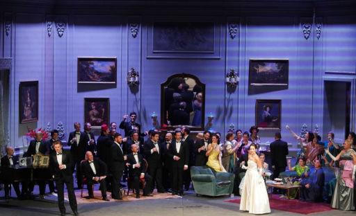 """""""La Traviata"""" inaugura la Stagione d'Opera del Teatro Municipale di Piacenza"""
