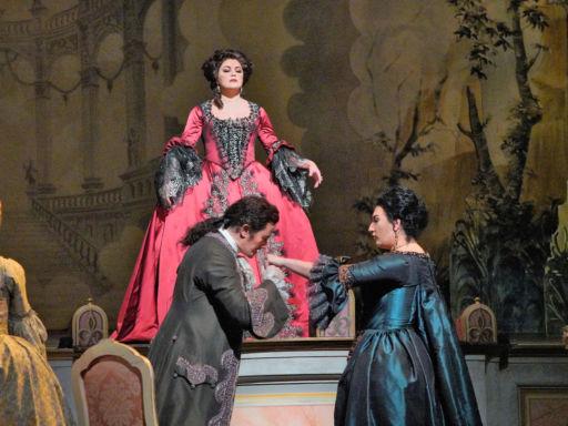 "New York, Metropolitan Opera: ""Adriana Lecouvreur"""