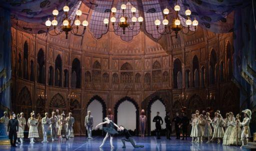 """Roma, Teatro dell'Opera: """"Il lago dei cigni"""""""